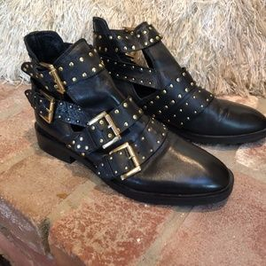 TOPSHOP Black Leather Studded Gold Ankle Bootie